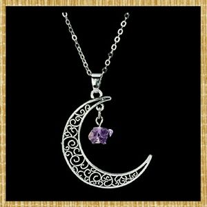Jewelry - T4A NEW Amethyst Silver Crescent Necklace